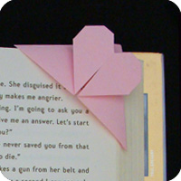 Heart Corner Bookmarks - Easy Peasy and Fun | 200x200