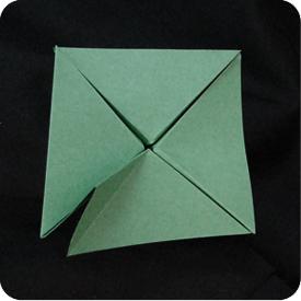 origami pyramid tree
